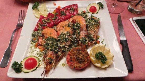 Les chandelles: Les gambas grillées aux piquillos (en persillades) à la provençale