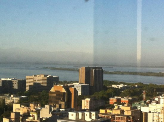 Everest Porto Alegre Hotel: vista do restaurante do 16 andar