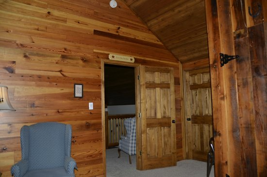 The Lodge at Mark Twain Lake: This is the door into the loft room, vaulted ceilings