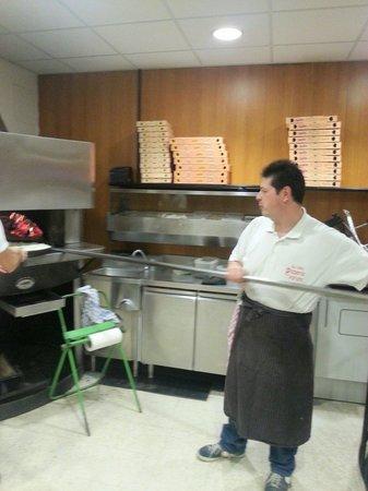 Pizzeria da Adriano: Andrea, il titolare