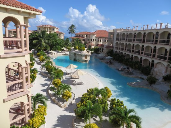 Coco Beach Resort: Hotel pool