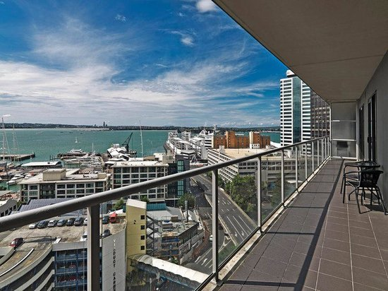 Grand Chancellor Auckland Hotel: Bedroom Apartment