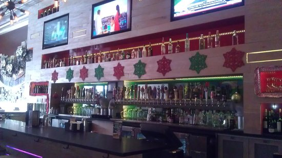 Mellow Mushroom: bar with forty draft beers on tap!