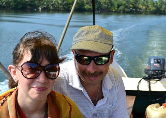 Lagoon Herbal Garden: На лодке по острову