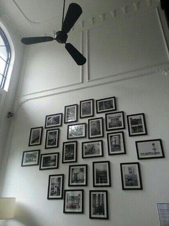 The Alcove Library Hotel: art exhibit