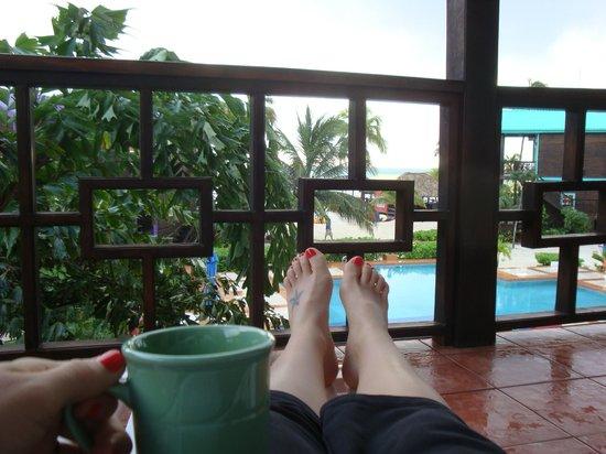 X'tan Ha Resort: Relaxing morning on the balcony