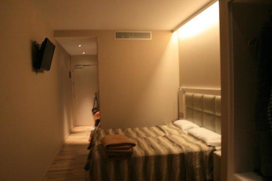 Hotel Comercio Barcelona: pokój 405