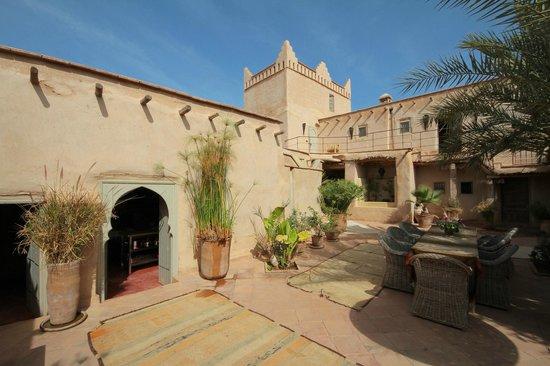 Kasbah Gousteau : Inner courtyard.