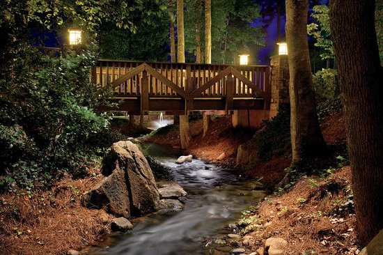 The Ritz-Carlton Reynolds, Lake Oconee: Bridge and Stream