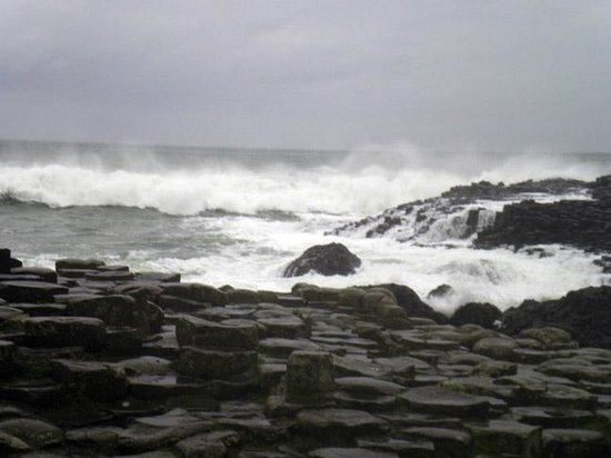 Paddy Campbell's Belfast Famous Black Cab Tours: Giant's Causeway