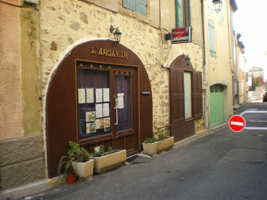 L'Arganier Moroccan Restaurant. 1 reu de 11 Novembre.Trebes