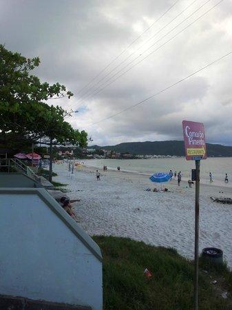 Bombinhas Beach: vista da praia