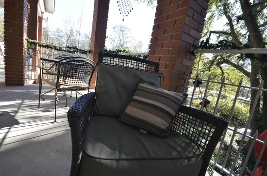 Woodridge Bed and Breakfast of Louisiana: balcony seating (this is my favorite part of this B&B)