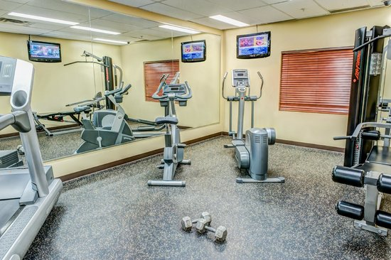 Clearwater Suite Hotel: Fitness Room