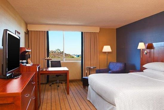 Four Points by Sheraton Los Angeles Westside: King Guest Room