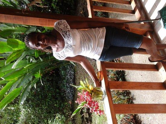 Cabinas Caribe Luna: Jakeline, Recepcion