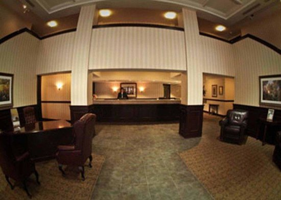 Waterford Estates Lodge South Bend: Lobby Desk