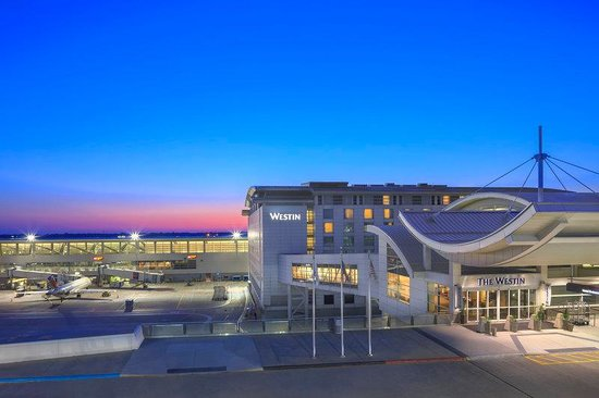 The Westin Detroit Metropolitan Airport: Exterior