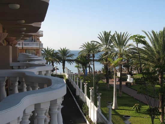 Cleopatra Palace Hotel: View from the balcony to the sea