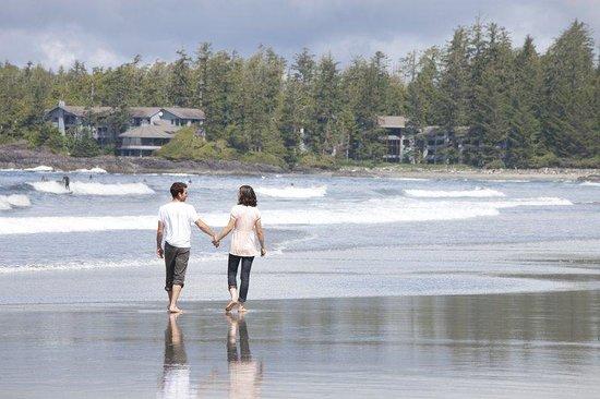 Wickaninnish Inn and The Pointe Restaurant : Chesterman Beach Walk Ivan Hunter