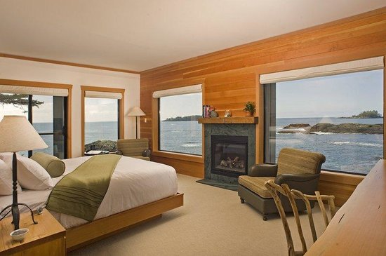 Wickaninnish Inn and The Pointe Restaurant: Premier Room