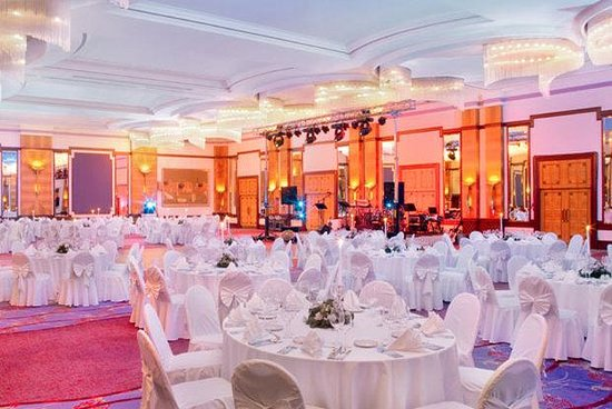 The Westin Zagreb: Crystal Ballroom Gala Dinner Setup