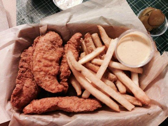 Old Rock Café : Chicken Tenders! Delish!