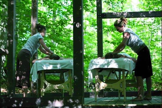La Source Bains Nordiques: Massage extérieur en duo