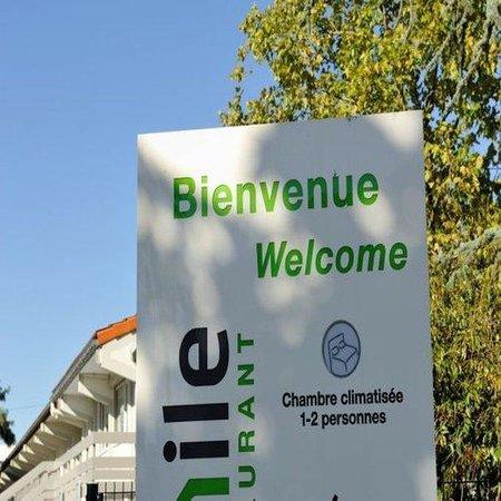Campanile Toulouse - Blagnac Aéroport : Exterior View
