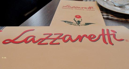 Restaurant Weinkeller Eiscafe Lazzaretti: Servetten met de naam van het restaurant