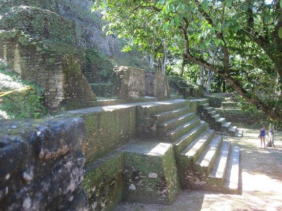 Museo y Ruinas Mayas Cahal Pech: great design