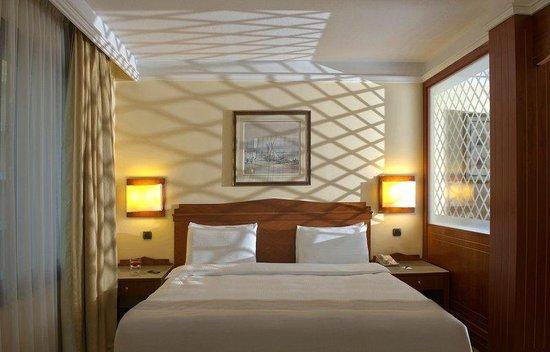 Radisson Blu Martinez Hotel, Beirut: Rooms