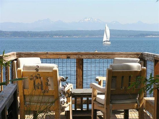 Boatyard Inn: View from deck