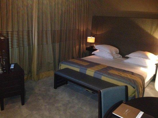 Hotel Square: Interior habitación
