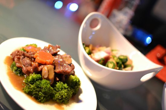 Asian Traditional Restaurant Doha : Beef with Mushroom