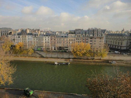 Citadines Saint-Germain-des-Pres Paris: Desayunar con esta vista