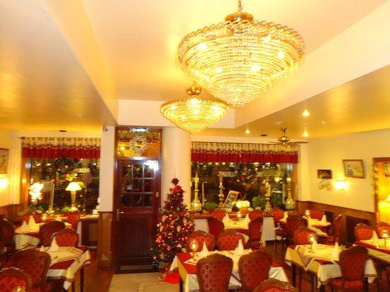 Photo of Indian Restaurant Taj Indian at Marie Heinekenplein 1, Amsterdam 1072 MH, Netherlands