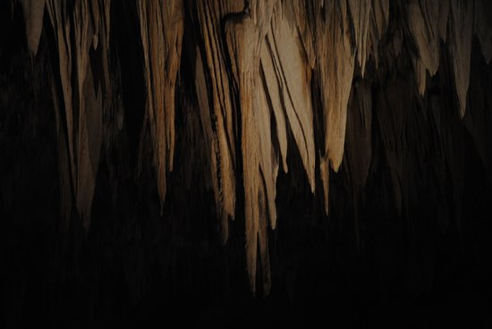 Carlsbad Caverns Natural Entrance Tour : more stalagmites...!!