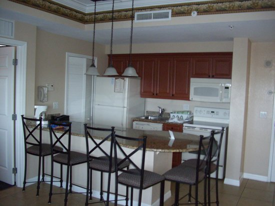 Westgate Palace Resort: Full kitchen