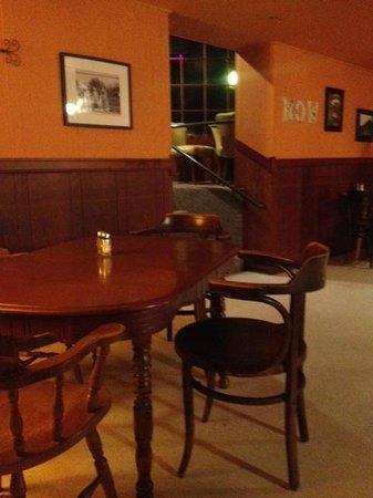The Scotia Inn and Pub: Sad entry