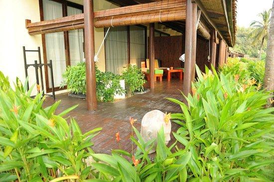Chen Sea Resort & Spa Phu Quoc: Terasse vom Bungalow