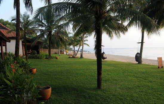 Chen Sea Resort & Spa Phu Quoc : Viel Platz am Strand und zwischen den Bungalows
