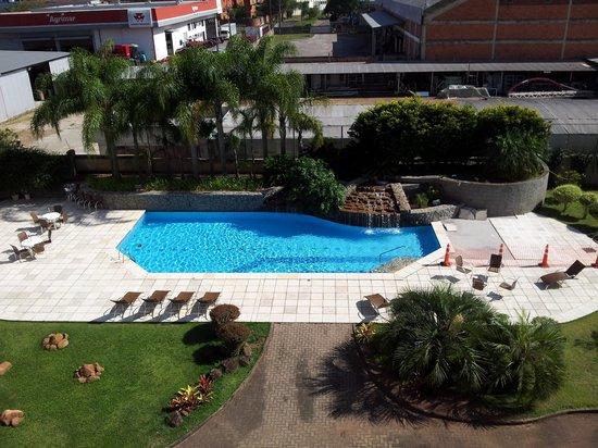 Hotel Deville Prime Porto Alegre: Vista do quarto 342