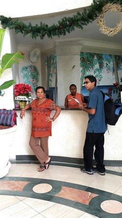 Bougainvillea Beach Resort: At check in counter
