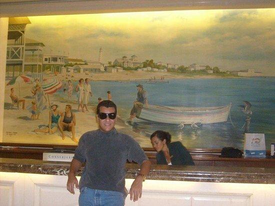 Conrad Punta del Este Resort & Casino : Na recepção do Conrad,