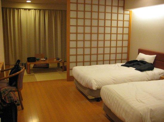 Takato Sakura Hotel : 部屋(和洋室)