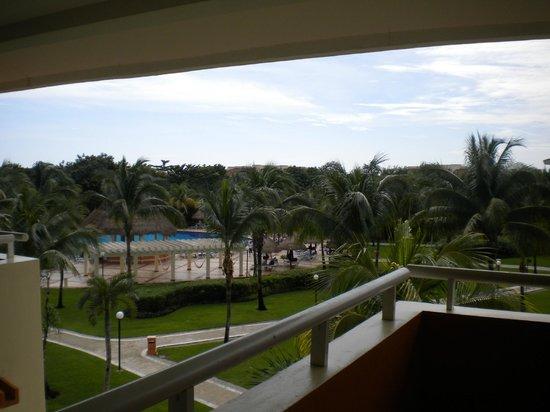 Grand Bahia Principe Coba: Vista de la planta superior de la habitacion
