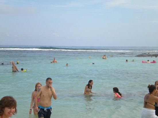 Grand Bahia Principe Coba: Un día en la playa