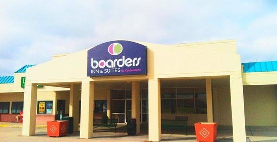 Inn and Suites Lincoln: Welcome to the Boarders Inn and Suites of Lincoln