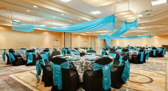 래디슨 호텔 피닉스 시티센터 Wyndham Garden Phoenix Midtown 호텔 리뷰